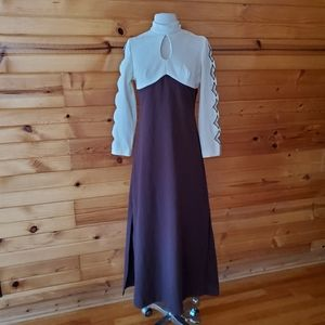 1970s Unlabeled Brown & Ivory Maxi Dress